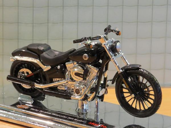 Picture of Harley Davidson FXSB Breakout 1:18 black (n44)