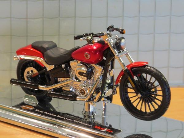 Picture of Harley Davidson FXSB Breakout 1:18 red (n45)