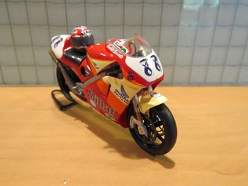 Picture of Scott Smart Honda NSR500 1998 1:24