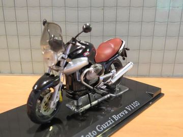 Picture of Moto Guzzi Breva V1100 1:24 atlas