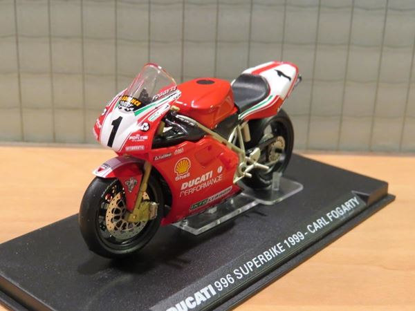 Picture of Carl Fogarty Ducati 996 1999 1:24 1e ed.