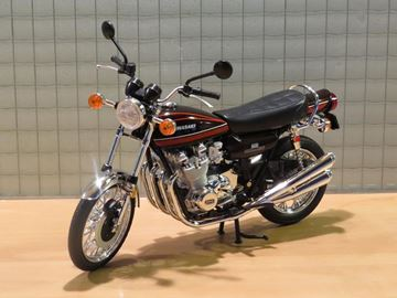 Picture of Kawasaki Z900 1:12 ( Z1 ) brown/red