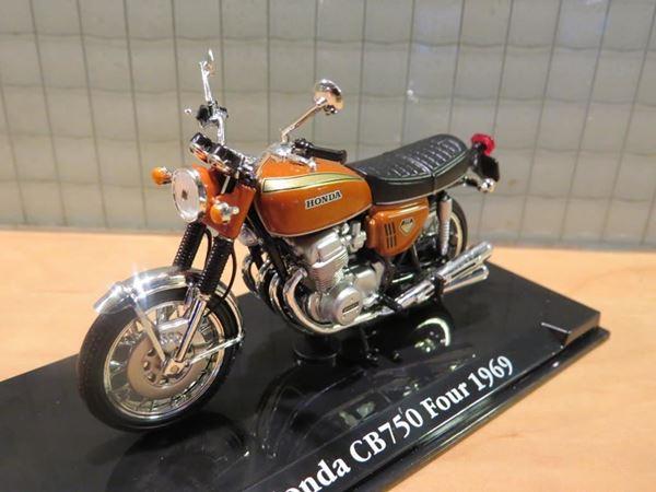 Picture of Honda CB750 Four 1:24 Atlas