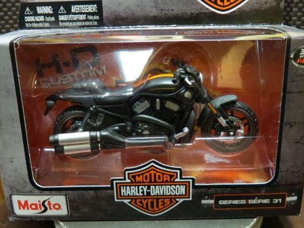 Maisto Harley Davidson 2012 Vrscdx Night Rod Special: Harley VRSCDX Night Rod2012 1:18