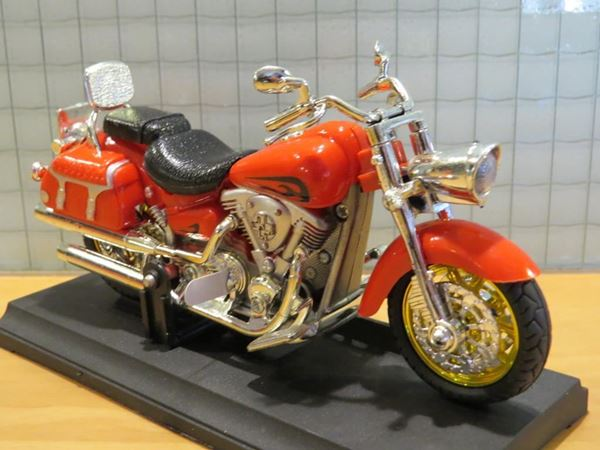Picture of Indian 1:18 Haixing red
