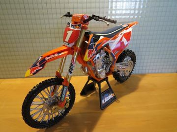 Picture of Ryan Dungey #1 Red Bull 2017 KTM 450 SX-F 1:6 49623