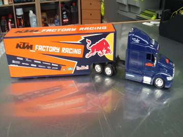 Picture of KTM Factory racing truck 1:43 Red Bull