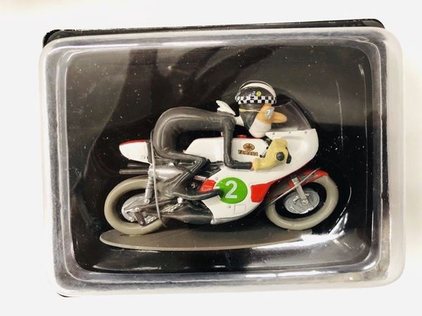 Picture of Phil Read Yamaha RD05 1968 1:18 joe bar