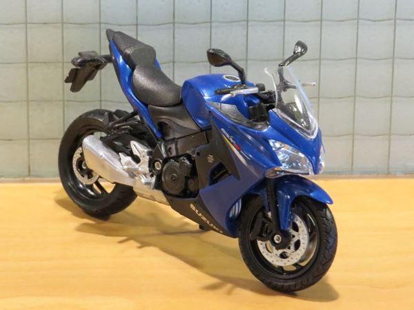 Picture of Suzuki GSX-S1000F 1:18 welly