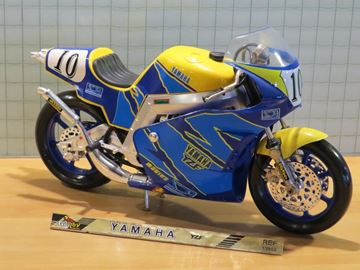 Picture of Yamaha YZF #10 1:10 guiloy