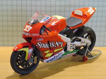 Afbeelding van Marco Melandri Honda RC211V 2006 1:9 Protar
