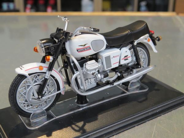 Picture of Moto Guzzi V7 Special 1:24