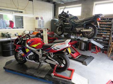 Picture of Onderhoud reparatie motorfietsen , montage motorbanden