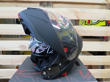 Picture of SMK glide systeem helm