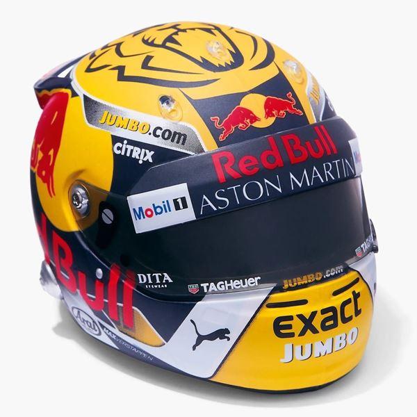 Picture of Max Verstappen F-1 2018 red bull ring Oostenrijk Arai helm 1:5