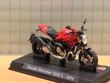 Picture of Ducati Monster 1200 red 1:24