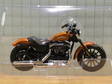 Afbeelding van Harley Davidson Sportster Iron 883 copper 2014 1:18 (n65)