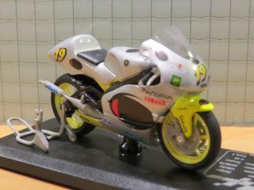 Afbeelding van Oliver Jacque Yamaha YZR250 2000 1:18