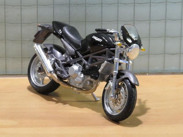 Picture of Ducati Monster S4 black 1:18 los
