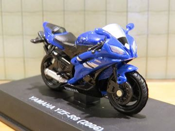 Picture of Yamaha YZF R-6 1:32