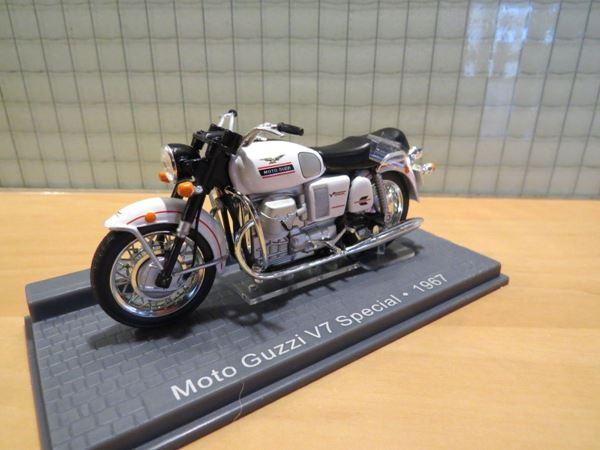 Picture of Moto Guzzi V7 Special 1:24