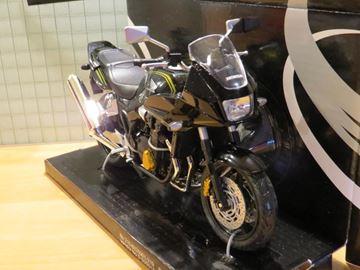 Afbeelding van Honda CB1300 SB 1:12 blk 6001