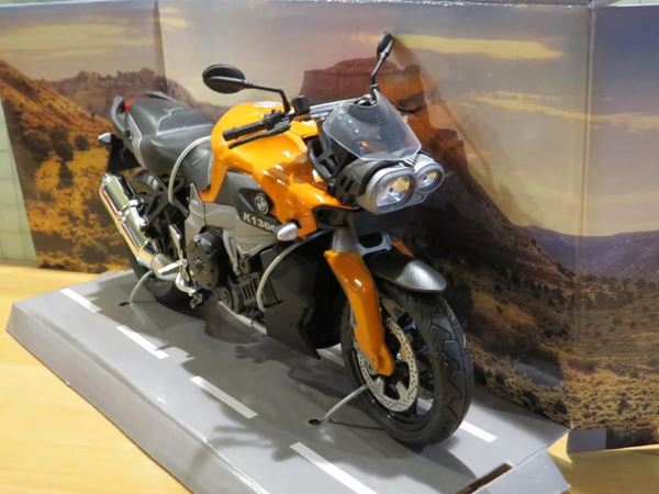 Picture of BMW K1300R 1:12 or. 600901