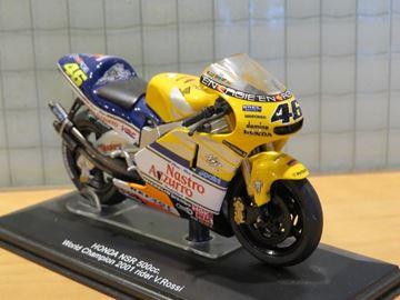 Afbeelding van Valentino Rossi Honda NSR500 2001 1:22