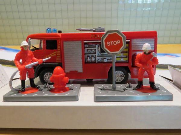 Picture of Brandweer actie set brandweerauto + mannen