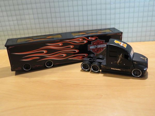 Picture of Harley Davidson Haulers truck 1:64