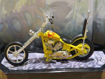Afbeelding van Iron Choppers 1:18 yellow